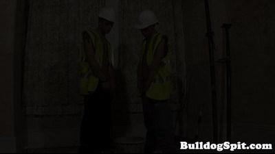 Cocksucking builders analfuck on the job