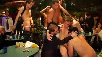 Tubes gays porn sex and thai supper star boy sex A few drinks and