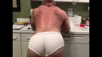 Males showing the muscular ass