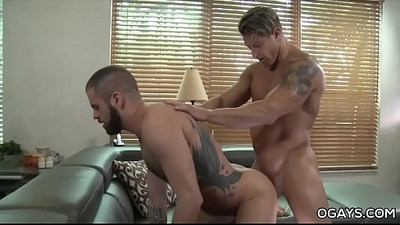 Handsome muscle stud fucks his boyfriend